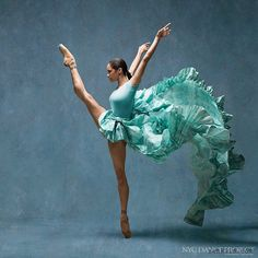 Esnek Vücutlar Muhteşem Koreografiler – NYC Dans Projesi - Flexible body and choreography are spectacular - NYC Dance Project -