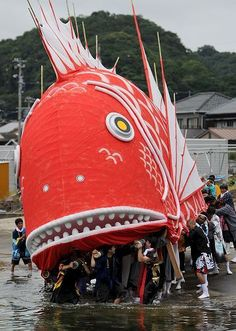Sea bream matsuri (festival) in Aichi Pref, Japan. ☆祭り-Matsuri, literally meaning 'to worship', every festivals in Japan are related to god in one way or another: gratitude & a prayer for the good haul of sea breams in this case. 豊漁祈願鯛まつり、愛知県