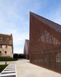 Haptisches Signal: Kulturzentrum in der Normandie-DETAIL.de