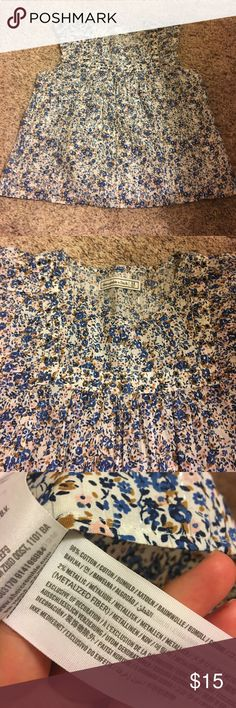 Flowered Blouse My closet is closing next Monday so if you like it it will not be here long. I accept all offers I just need it gone. Smoke Free Home. Perfect Condition. Abercrombie & Fitch Tops Blouses