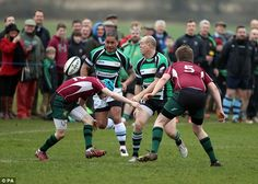 Tindall moves to catch the pall as he dodges opponents on the rugby pit. Mike Tindall, Royal Engagement, British Royals, Rugby, Princess, Football, Princesses