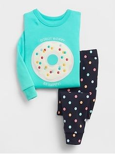 Shop Gap for comfortable and adorable baby girl pajamas. Find pajamas sets for baby girls, footed one-piece styles and robes in a variety of colors and prints. Kids Nightwear, Cute Sleepwear, Girls Sleepwear, Cute Pajama Sets, Cute Pajamas, Pajamas Women, Pajama Outfits, Toddler Outfits, Kids Outfits