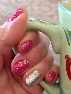 LOVE THIS!  Southern Belle and Tinsel Town www.mycolorstreet.com/jenallen #playinwithpolish #becolorstreet