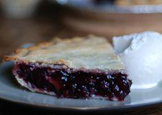 Riverbend Plantation's Saskatoon Pie ~ For prairie folk, nothing compares to Saskatoon berry pie. Now, this is real comfort food! Saskatoon Recipes, Saskatoon Berry Recipe, Pie Recipes, Dessert Recipes, Cooking Recipes, Sweet Recipes, Pie Dessert, Eat Dessert First, Deserts