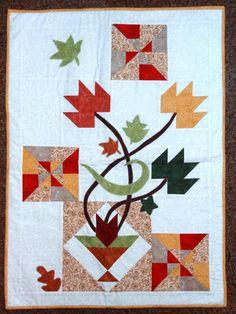 Patchwork Maria Adna - Panô (painel) Folhas de Outono em patchwork e apl...