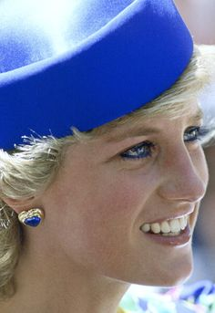 January 31, 1988 Princess Diana in Blue Pillbox Hat Princess Diana wears a blue pillbox hat and heart-shaped earrings to a church service at St. Andrew's Cathedral in Sydney.  Image: © Tim Graham/CORBIS