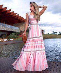 """169 curtidas, 9 comentários - DUZA (@duza_oficial) no Instagram: """"Amiga querida @mariarosaguerra com listrado do nosso verão #Duza #DuzaOficial #AnneFernandes"""" Dress Outfits, Casual Dresses, Fashion Dresses, Summer Dresses, Summer Maxi, Lovely Dresses, Vintage Dresses, Striped Maxi Dresses, Indian Designer Wear"""