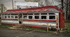 From an empty McDonald's to a deserted Kmart, these ransacked restaurants, derelict diners, forgotten food courts and ghostly grocery stores will give you chills. Perfect Pasta Recipe, Grey Gardens, Food Court, Shopping Mall, Grocery Store, Abandoned, Chill, America, House Styles