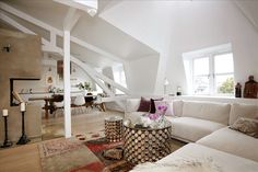 Large attic home - Rustic and modern elements