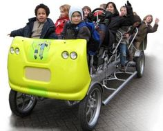 Guy Dauncey reports on a school bus with a difference – it's a very large 9 person bike that can travel at Now that's pedal power! Mobiles, Bici Retro, Beer Bike, Outdoor Trampoline, Bike Trailer, Motorized Bicycle, Cargo Bike, Kids Bike, Quad