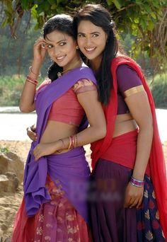 amala paul and sameera reddy in half saree