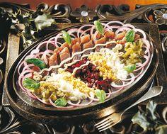 Venäläinen sillivati | K-Ruoka #kala Russian Recipes, World Recipes, Cobb Salad, Kala, Cooking, Ukraine, Foods, Baking Center, Food Food