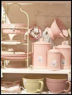 Pink.Image source :http://vintageshabbypink.tumblr.com