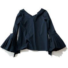 手元にフェミニンさを。着るだけで女らしさが手に入る「ボリューム袖」シャツMarisol ONLINE|女っぷり上々!40代をもっとキレイに。