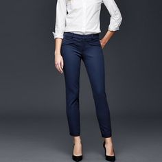 *2 for $15 - GAP Skinny Ankle Pants GAP Bi-Stretch Ultra Skinny Pant - NAVY BLUE. Mid rise. Size 00. - Brand new. GAP Pants Ankle & Cropped