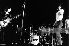 Free perform on stage in 1972, Paul Kossoff, Simon Kirke, Paul Rodgers.