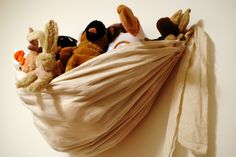 The Better Nester: Wall Hanging Stuffed Animal Storage Tutorial #toy