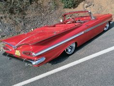 1959 Chevy Impala Convertible from Custom Rodder Magazine Chevrolet Impala, Chevrolet Bel Air, Chevrolet Trucks, Rat Rods, Convertible, Muscle Cars, Automobile, Mercedes, Cabriolet