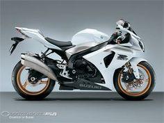 2009 Suzuki GSX-R1000... super sleek, love the aesthetics of this motorcycle.