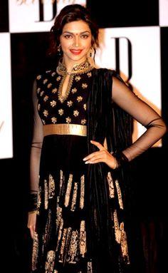 Celebrity Style Salwar Kameez - deepika padukone look fabulous in Black Anarkali suit Pakistani Outfits, Indian Outfits, Indian Clothes, Saris, Indian Celebrities, Bollywood Celebrities, Indian Attire, Indian Wear, Black Anarkali