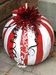 Image result for christmas pumpkin ideas Pumpkin Snowmen, Christmas Pumpkins, Whoville Christmas, Christmas Porch, Merry Little Christmas, Christmas Morning, Outdoor Christmas, Winter Christmas, Christmas Time