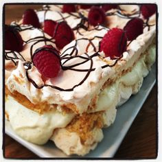 Norwegian Food, Dessert Recipes, Desserts, Creative Cakes, Cake Art, 3 Ingredients, Cheesecake, Food And Drink, Cooking Recipes