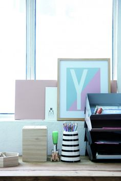 In Bildmotiven kann man die Pastellfarben ebenfalls gut aufnehmen. #pastell #livingroom #furniture #home #homestory #interior #decoration