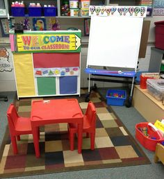 Pretend classroom for preschool dramatic play - BeauteHair Dramatic Play Themes, Dramatic Play Area, Dramatic Play Centers, Preschool Themes, Classroom Themes, Preschool Crafts, School Play, School Week, Friendship Theme