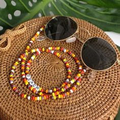 """Picture perfect sunny cords in beautiful red, yellow and white colours and with a cute """"beach"""" Beaded Jewelry, Beaded Bracelets, Pearl Beach, Diy Bracelets Easy, Jewelry Show, Bracelet Patterns, Orange Yellow, Chains, Instagram"""