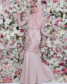 "222 Likes, 43 Comments - Aneesa Princess Dress Coming! (@hanabellagroup) on Instagram: ""Fenomena Aneesa Bow Kurung yang sold out setiap kali restock beratus pasang!!! Satin designer label…"""