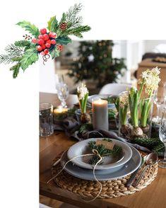 "🥂🍽✨""Setkali jsme se u jednoho stolu, po roce opět všichni a spolu..."" 🎶🎵🎶🎵🎵 _________________________________ #spolu #stedryvecer #vecere… Table Decorations, Furniture, Home Decor, Decoration Home, Room Decor, Home Furnishings, Home Interior Design, Dinner Table Decorations, Home Decoration"