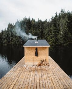 Every Sunday should include a floating sauna. Epic shot by (at Great Bear Rainforest) Outdoor Sauna, Outdoor Decor, Decor Interior Design, Interior Decorating, Nordic Interior, Vancouver, Floating Architecture, Wilderness Resort, Sauna Design