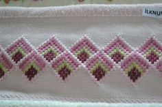Discover thousands of images about Resultado de imagem para bargello hardanger Broderie Bargello, Bargello Needlepoint, Needlepoint Stitches, Hardanger Embroidery, Hand Embroidery Stitches, Cross Stitch Embroidery, Embroidery Patterns, Cross Stitch Borders, Cross Stitch Designs
