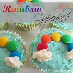 March - A Typical English Home: Rainbow Cupcakes (Perfect for St Paddy's Day).sugar cookies would be fun too Marshmallow Cupcakes, Cumple My Little Pony, Dessert, Yummy Treats, Sweet Treats, Rainbow Birthday Party, Birthday Cupcakes, Rainbow Parties, Unicorn Birthday