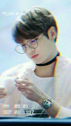#Jungkook follow me @avelainea Foto Jungkook, Foto Bts, Jungkook Oppa, Bts Photo, Bts Bangtan Boy, Taehyung, Namjoon, Seokjin, Bts 2018