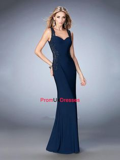 We Know you Love La Femme Dresses as Much as We Do! Find the Perfect La Femme Prom or Homecoming Dress of Your Dreams Today at Peaches Boutique Simple Prom Dress, Simple Dresses, Beautiful Dresses, Pretty Dresses, Short Semi Formal Dresses, Formal Gowns, Open Back Evening Gown, Evening Gowns, Dresser