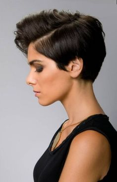 The best collection of short cropped hair latest and best Short hairstyles, short cropped haircuts, hair trends for Ombré Hair, New Hair, Short Hair Cuts For Women, Short Hair Styles, Short Cuts, Hair Colorful, Short Cropped Hair, Crop Hair, Trending Haircuts