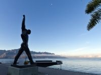 Freddie-Mercury-statue-Montreux-Switzerland-January-2012
