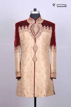 Are you looking for latest designs of sherwani for Groom? Browse through our exclusive attire for Asian groom. Groomsmen Wedding Outfits, Wedding Dress Men, Indian Wedding Clothes For Men, Indian Wedding Outfits, Indian Male, Indian Wear, Manyavar Sherwani, Indian Groom Dress, African Attire For Men