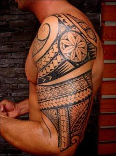 Man Maori Tattoo Shoulder Arm #Tattoo, #Tattooed, #Tattoos