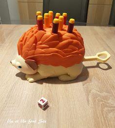 [Actualité] Et si on jouait à kissifrot s'y pique ? ( jouons #5) - Un et un font six @Unetunfontsix Birthday Candles, Cake, Desserts, Food, Pique, Tailgate Desserts, Deserts, Kuchen, Essen