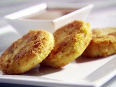 Get this all-star, easy-to-follow Round Two Recipe - Fried Potato Cakes recipe from Sandra Lee.
