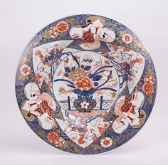 JAPANESE IMARI CHARGER WITH FLORAL MOTIF 🔹🔸🔻🔺Japanese / Japan Antiques : More At FOSTERGINGER @ Pinterest 🔴🔷🔶🔸⚪️