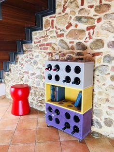 Sono felice di condividere l'ultimo arrivato nel mio negozio #etsy: Combi Winerack, cantinetta, porta vino, e libreria design, modulare, in legno MDF colorato.