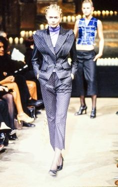 FALL 1996 READY-TO-WEARAlexander McQueenCOLLECTION