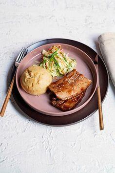 Rind, Pork, Meat, Chicken, Coleslaw, Food Food, Kale Stir Fry, Pigs, Pork Chops