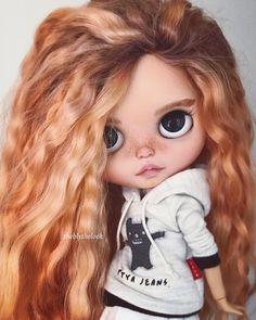 - Molly - #blythe #blythedoll #blythecustom #blythe_magic #blythestagram #customblythe #customdoll #doll #dolls #dollstagram #dollcollector #dollcollection #dollphotography #mygirls❤