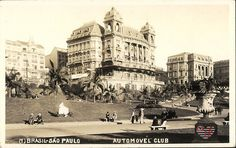 Postal circulado em 1924, destacando o palacete que foi sede do Automóvel Club. Dá pra ver do lado direito do prédio, parte do Viaduto do Chá e o palacete sede do Grande Hotel de la Rotissiere Sportsman.