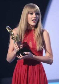 ..:: Missing Moments ::..: Taylor swift billboard music awards 2012