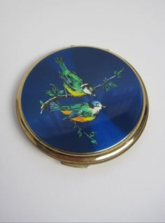 Vintage 1950s Bird Design Stratton Compact Mirror available to buy online at Virtual Vintage Clothing £24